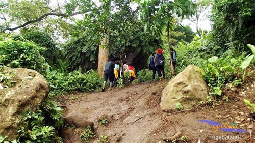 Gunung Munara Maret thumbnail
