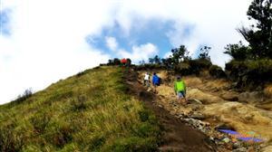 Gunung Sumbing with Indonesia Adventure thumbnail