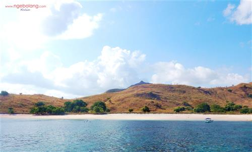 Pulau Komodo September thumbnail