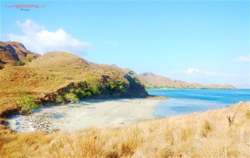 Pulau Komodo Oktober thumbnail